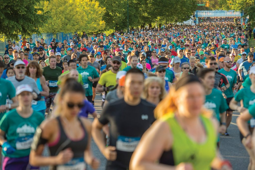 Image of runners at the BMO Vancouver Marathon